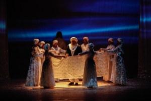 Sashar Zarif & Ensemble in TAJ - photo by Sid Sawant
